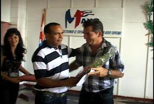 Hoy recibí el reconocimiento por la Mención en el Concurso Nacional Primero de Mayo