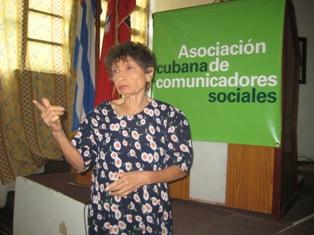 Comunicadora de Las Tunas expone en Congreso experiencia de  proyecto comunitario