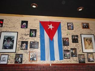 La bandera cubana presente en varios sitios de Tampa