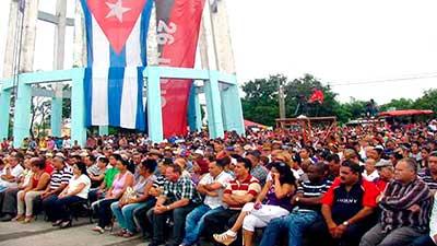 Se llenó de banderas el Tanque de Buenavista